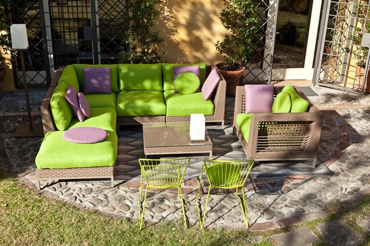 Come arredare il giardino 100casa for Giardini arredo esterno
