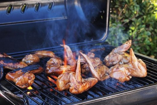 Barbecue, salute e incolumità nel fare la grigliata