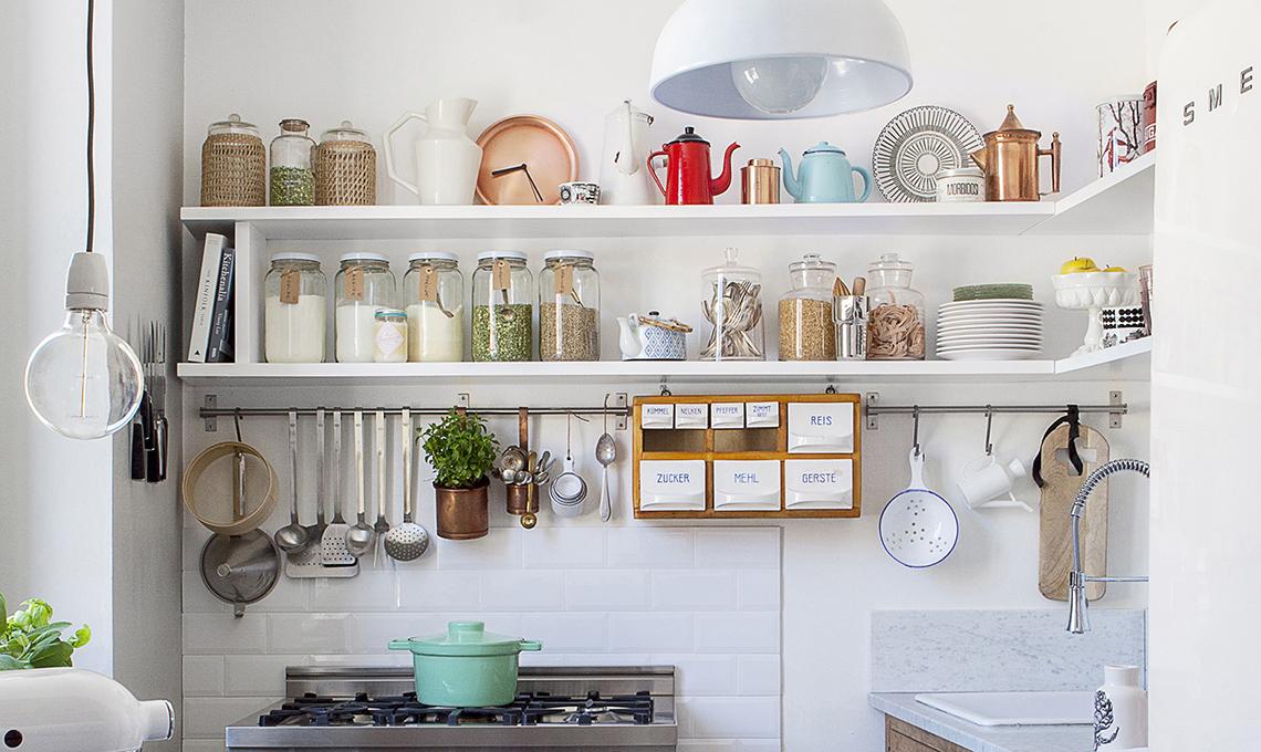Mobile dispensa in cucina: un trucco per ricavare spazio ...