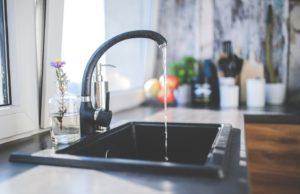 Quali rubinetti scegliere per risparmiare acqua ed energia