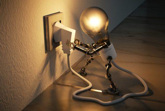 contratto luce residente o non